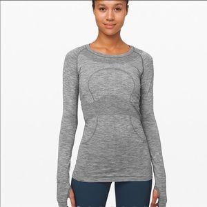 Grey lulu lemon long sleeve shirt